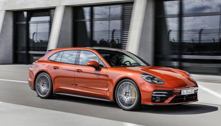 В Латвии выросли продажи новых автомобилей люкс-класса: лидеры рынка – Porsche и Bentley
