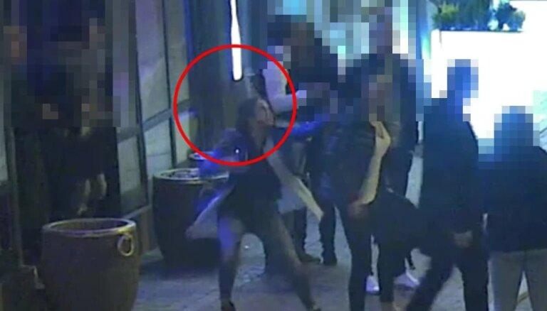 Policija lūdz atpazīt sievieti - huligāni