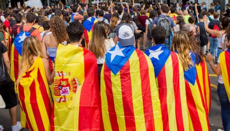 Madride: Sarunas ar katalāņu separātistiem iestigušas