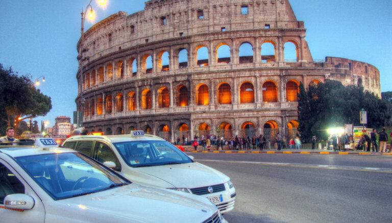 Itālijā notiks referendums par varasiestāžu pilnvaru ierobežošanu