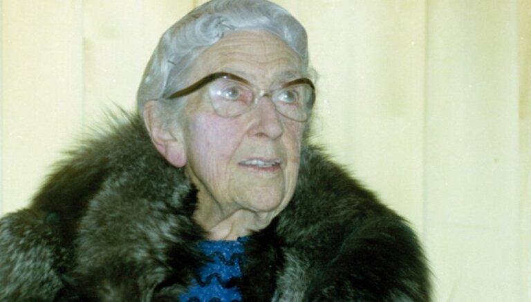 3. decembris vēsturē: Mīklaini pazudusi Agata Kristi