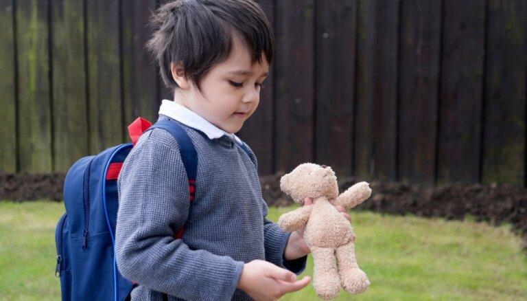 Bērns regulāri pazaudē lietas: septiņi padomi aizmāršas audzināšanai