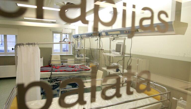 Valsts veselības apdrošināšanas sistēmas IT kļūdas novērstas; sāk pieslēgt datubāzes