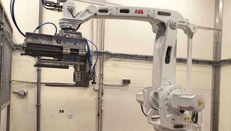 ФОТО: Putnu fabrika Ķekava начала использовать роботов