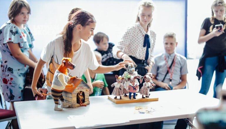 'Latvijas skolas soma' kļuvusi par būtisku kultūras un izglītības nozaru sastāvdaļu