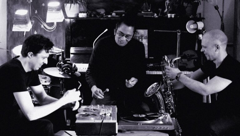 Rudens krāsu triepiens. Trio 'Endless Roar' avangarda džeza albuma 'Rush Hush' apskats