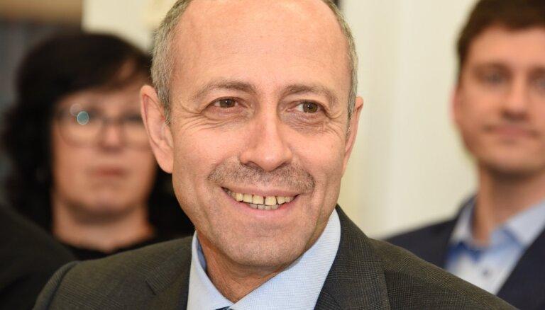 Оппозиции не удалось отправить в отставку мэра Риги Олега Бурова (ДОПОЛНЕНО)
