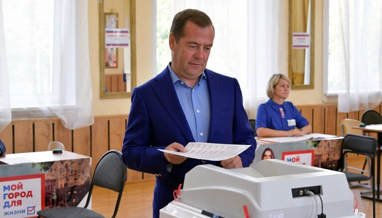 Maskavas domes vēlēšanās 'Vienotā Krievija' zaudējusi trešdaļu vietu, liecina provizoriskie rezultāti