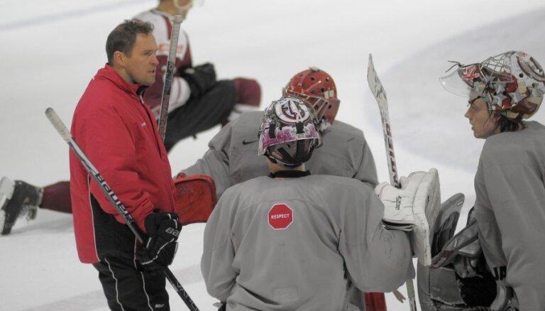 Irbe atgriezies Latvijas hokeja izlases nometnē