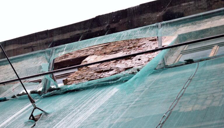 Pašvaldība plāno noteikt piespiedu sakārtošanu trim būvēm Rīgas klusajā centrā