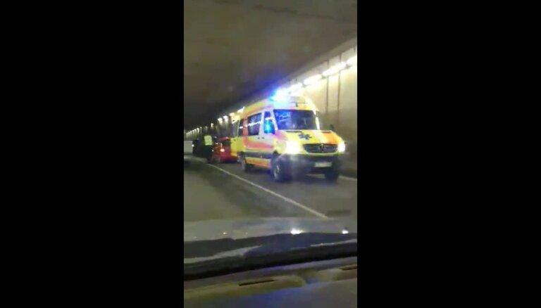 Autoavārija Pļaviņu HES tunelī