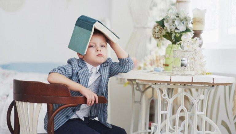 Mājasdarbu pildīšanas smalkumi: kā 'cīnīties' ar bērnu kaprīzēm neveikt uzdoto