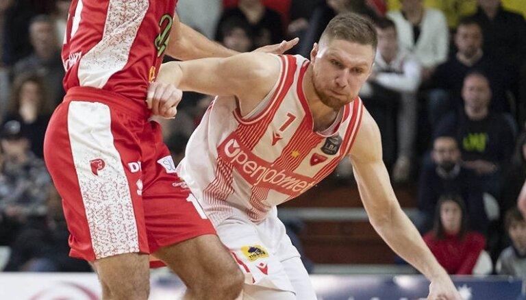 Jakovičs ar 24 punktiem rezultatīvākais uzvarā Itālijas A sērijas spēlē