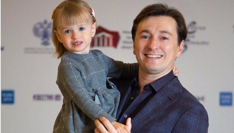 ФОТО: Сергей Безруков показал свою дочку