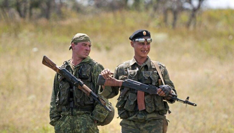 Moldovas izraidītie krievu diplomāti esot vervējuši kaujiniekus karadarbībai Ukrainā