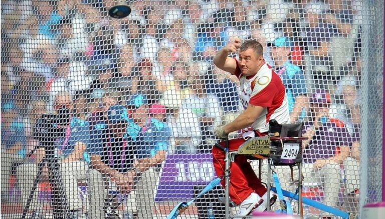 Nosauc Latvijas paralimpiskās komandas sastāvu startam pasaules čempionātā
