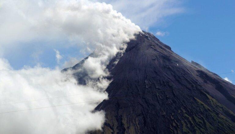 6,8 magnitūdu zemestrīce Filipīnu dienvidos laupījusi vismaz četras dzīvības