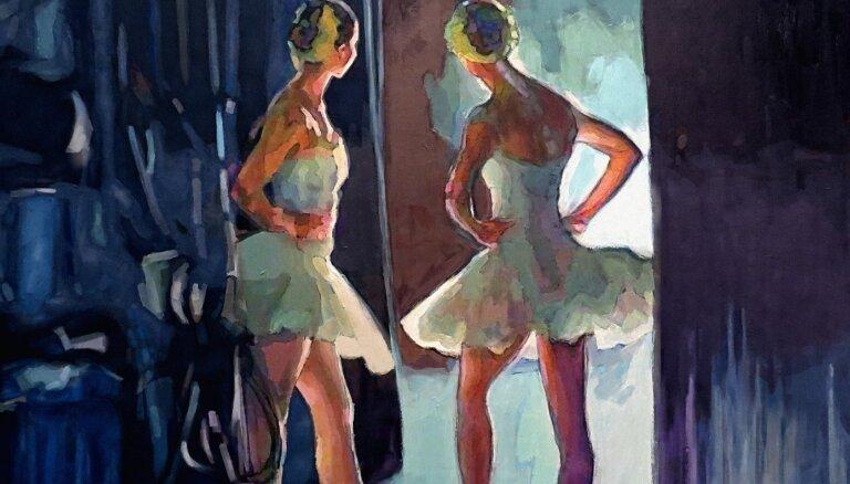 Atklās Baltijas baleta festivālam veltītu mākslas izstādi '#4skatuves'