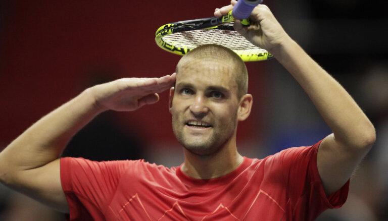 Российский теннисист Южный провел последний матч в карьере