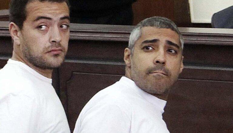 Ēģiptes prezidents apžēlo abus kopā ar Gresti notiesātos 'Al Jazeera' žurnālistus