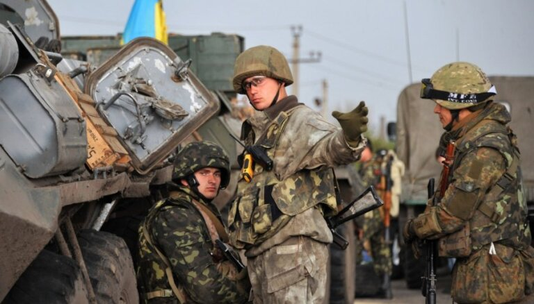 Separātisti Harkovas un Doņeckas apgabalos apšauda Ukrainas spēkus