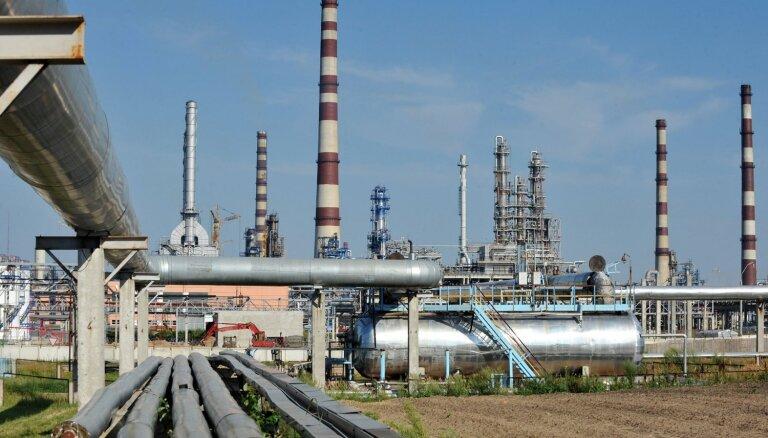 Baltkrievija atkal sākusi saņemt tīru naftu no Krievijas