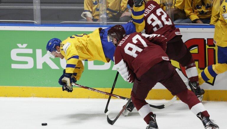 Video: Bukartam 'hat-trick'; Zviedrija izglābjas mačā pret Latviju