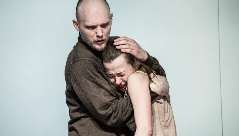Foto: Nacionālajā teātrī Elmārs Seņkovs iestudējis 'Antigoni'