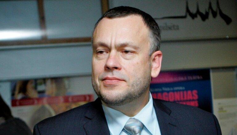Cimdars: eksperti nav vienisprātis par nepilnībām 'pilsonības likumprojektā'