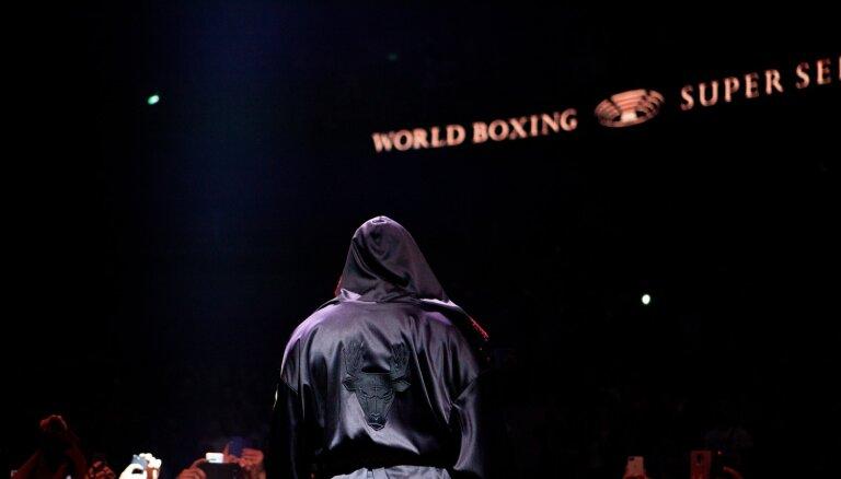 WBO vadītājs: šaubos, ka šogad vēl redzēsim boksa cīņas
