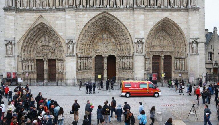 Lepēna: vēsturnieka pašnāvība Parīzes Dievmātes katedrālē bija politisks akts