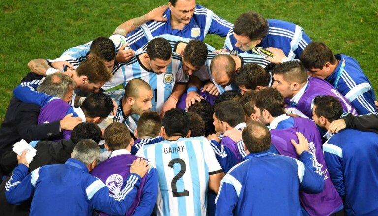 Аргентина вытащила счастливый билет и вышла в финал