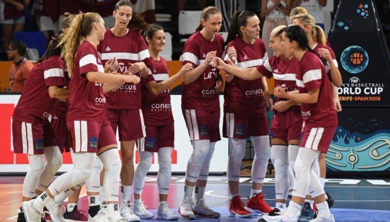 Latvijas basketbolistes aizvada pēdējo PK spēli pret spēcīgo ASV valstsvienību