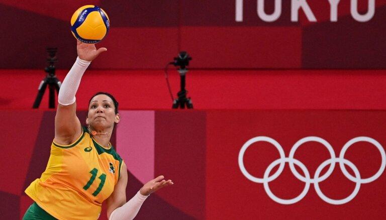 Бразильскую волейболистку поймали на допинге, но матч с россиянками переигрывать не станут