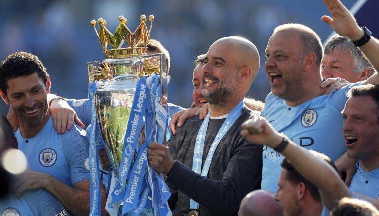 FIFA piespriež 'Manchester City' naudas sodu par pārkāpumiem transfēru jomā