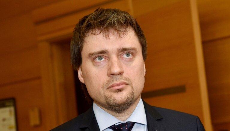 Rīgas administratori atbalsta Vircava atlaišanu; jāgaida arodbiedrības saskaņojums
