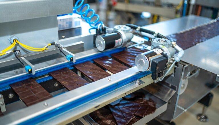 Foto: Krievijas šokolādes ražotājs 'Pobeda Confectionery' ļauj ielūkoties Ventspils ražotnē