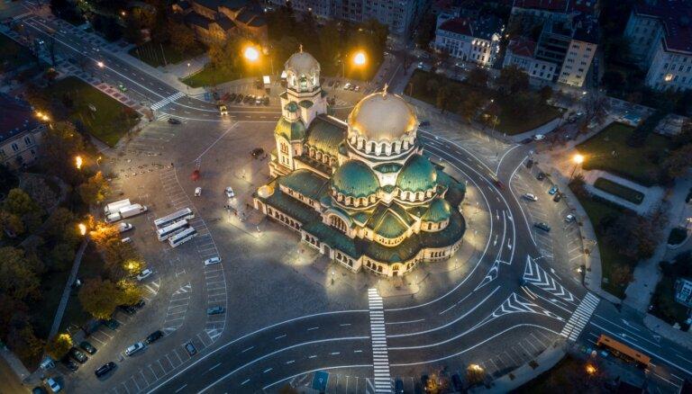 Болгария подозревает шестерых россиян в причастности к взрывам на складах оружия