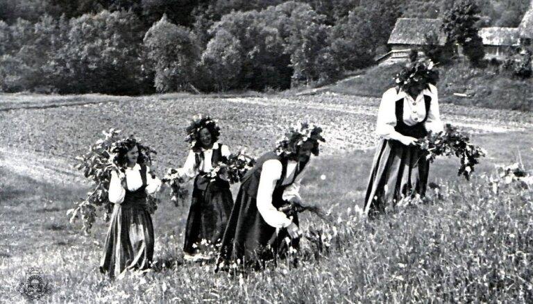 Ceļojums laikā: Kā pagājušajā gadsimtā līgoja Latvijā