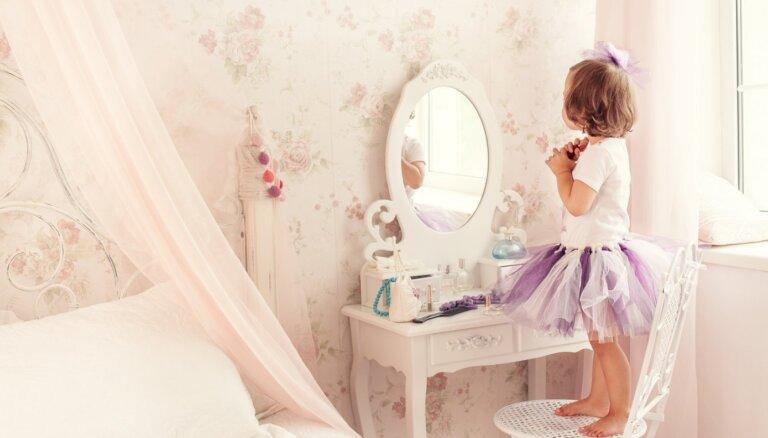 Инспекция по защите детей проверит детский конкурс красоты Mini Miss Latvija