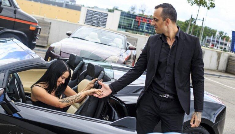 Foto: Toretto un Deimon izrādās dārgā 'Lamborgini'