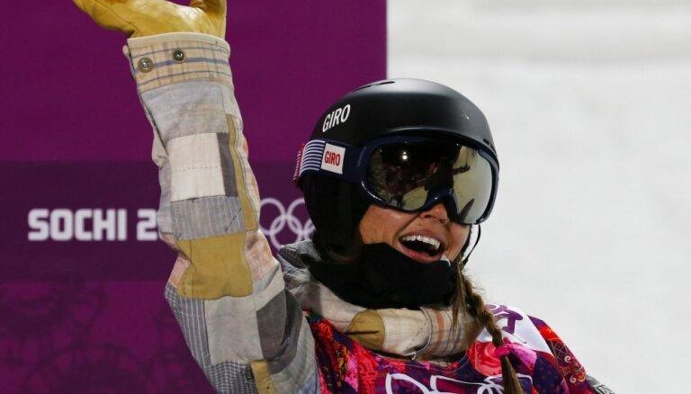 Iedzimtu veselības problēmu dēļ 25 gadu vecumā no sporta atvadās olimpiskā čempione snovbordā