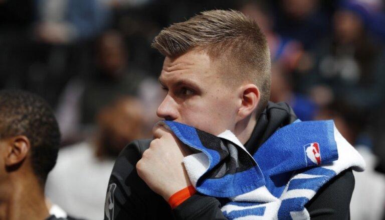 Porziņģis aktīvi iesaistās 'Knicks' pirmajos treniņos