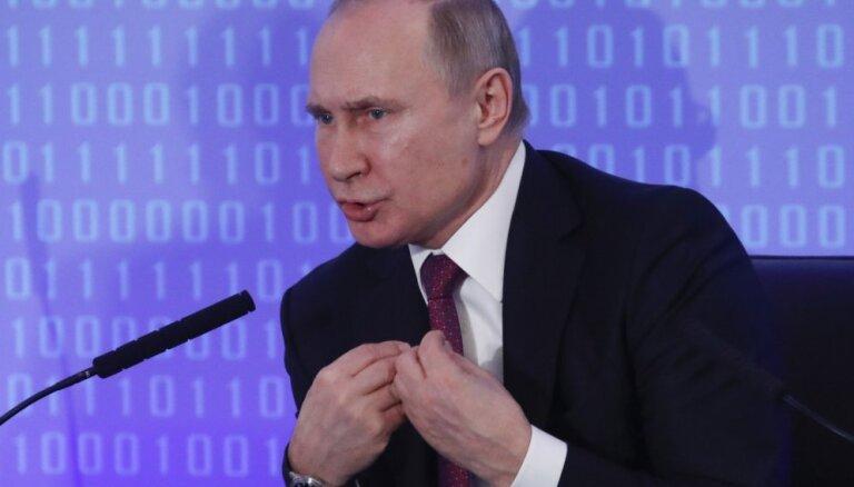 """У Путина и """"Единой России"""" обвалились рейтинги. Что делать Кремлю?"""