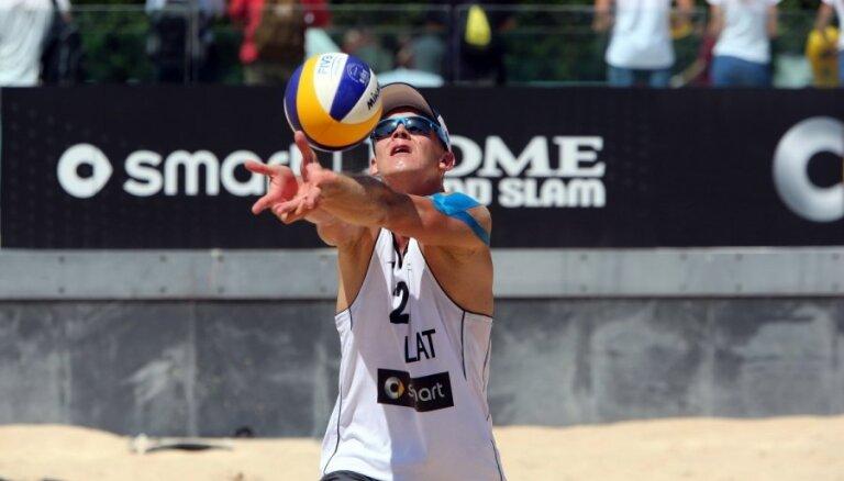 Шмединьш обыграл брата на ЧМ по пляжному волейболу