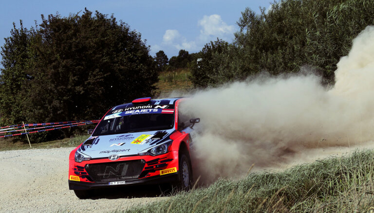 Divkārtējais uzvarētājs Grjazins 'Rally Liepāja' atgriežas ar uzvaru kvalifikācijas posmā