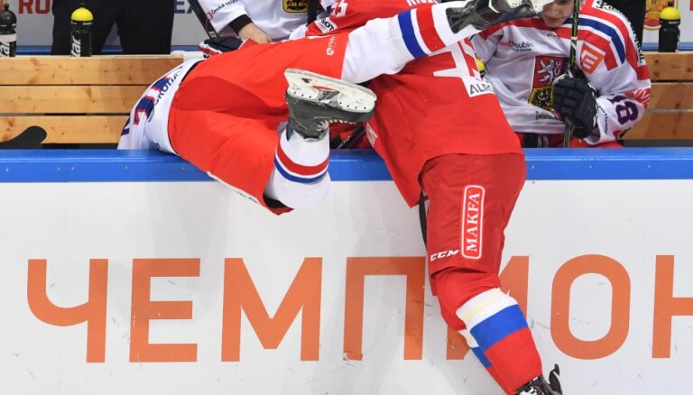 ВИДЕО: Во втором матче в Москве сборная России разобралась с чехами
