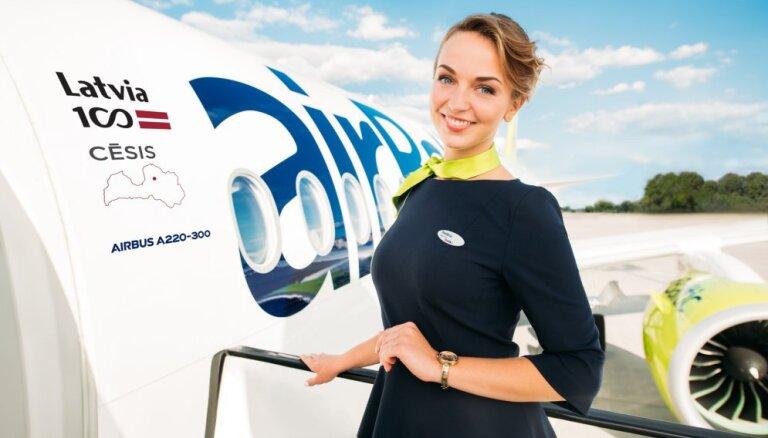 'airBaltic' lidmašīnu 'kristību' konkursā uzvar Cēsis