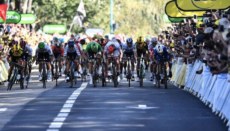 Skujiņam 44. vieta 'Tour de France' ceturtajā posmā