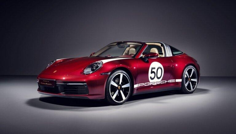 Godinot tradīcijas – jaunā 'Porsche 911 Targa' ar 50. gadu stila elementiem